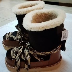 Wmns size 7 Coach Shearling Bootie in Haircalf